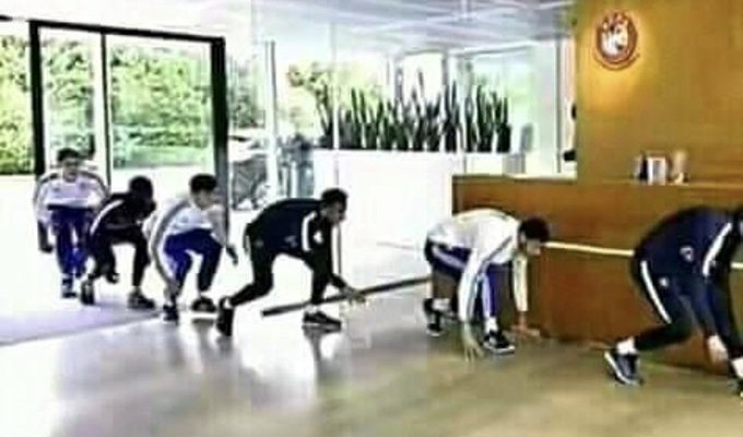 Liverpool fans going to work tomorrow 😂😂 #PL      #LIVBUR