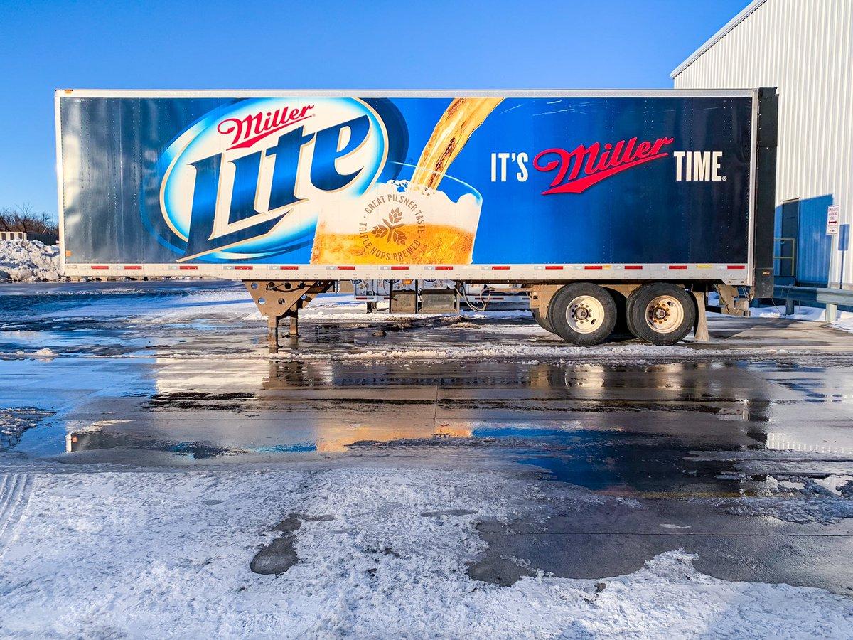 Snow & cold @MillerLite! Winter in North Dakota. ❄️🍺 #NorthDakota  #lite #millerlite #millerbeer  #beer #beers #beerlover #cheers #drink #friends #beerme #beertime #bar #pub #offsale #happyhour #beerdistributors #beerdistribution