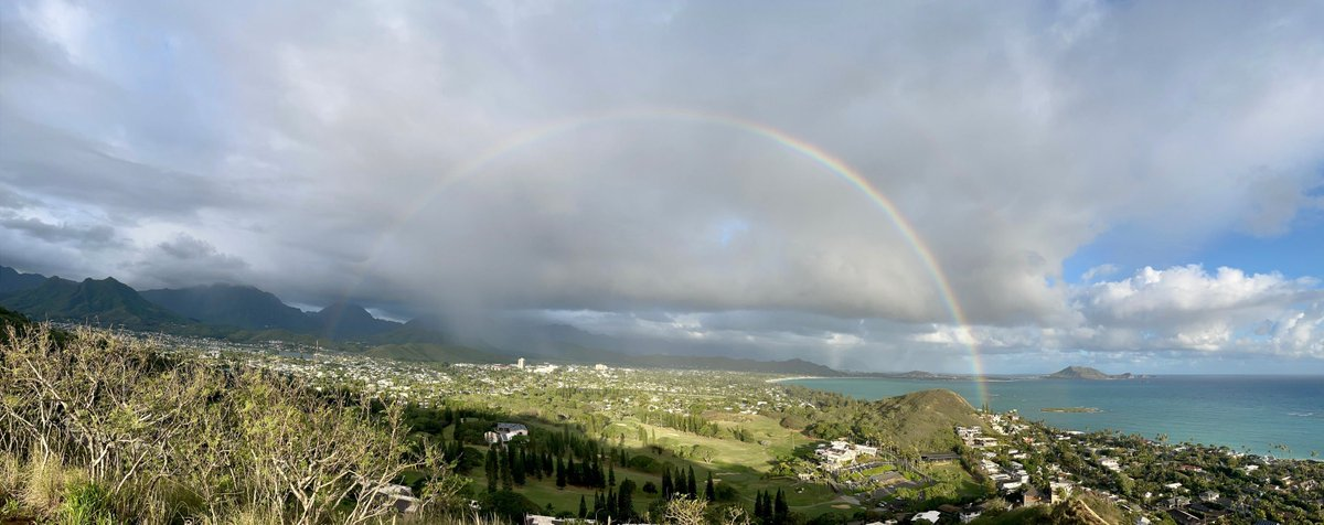 It's winter in #Kailua, #Oahu, #Hawaii. #rainbows