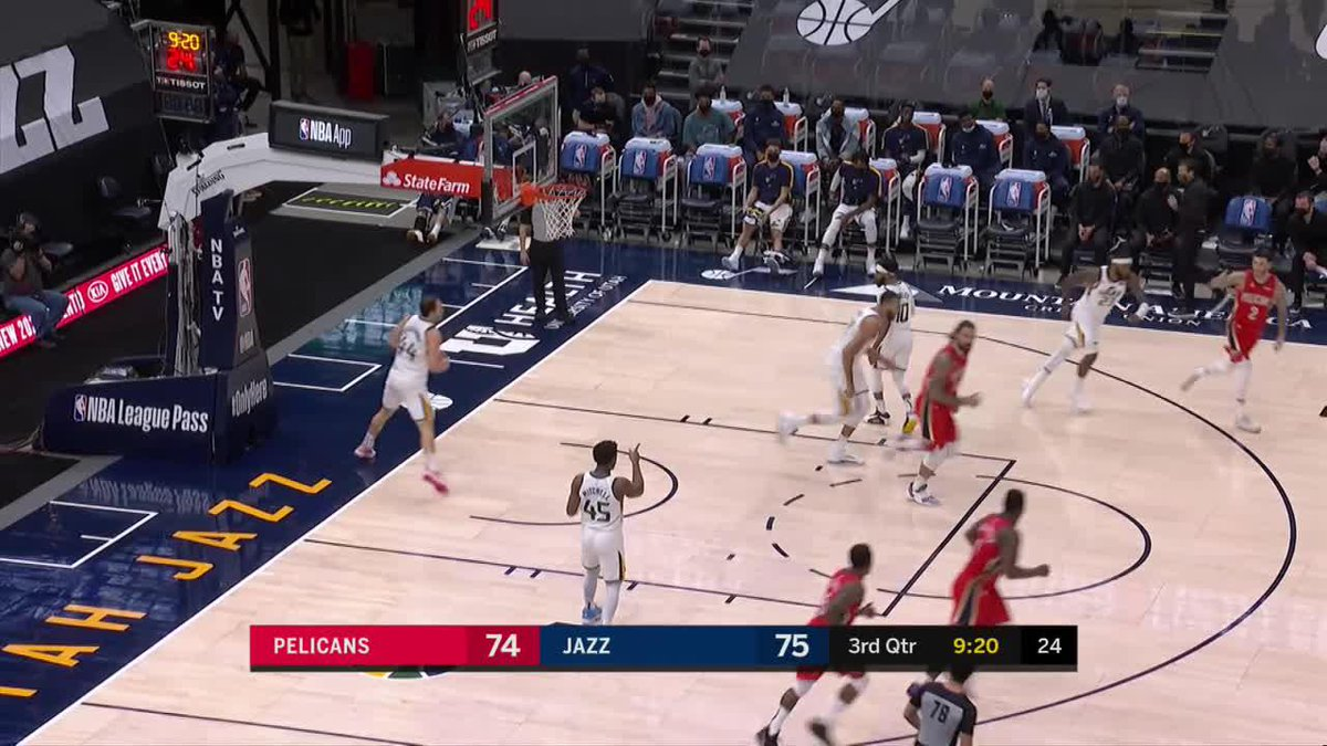 Your nightly insane finish from @Zionwilliamson https://t.co/EsqtpbsPJg
