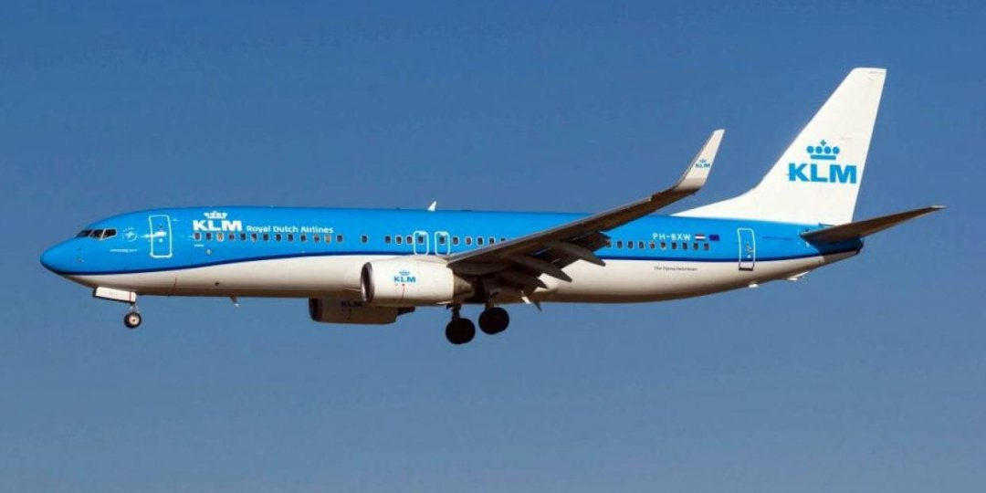 KLM cancels all flights from Jhb & Cape Town to The Netherlands, effective Jan 23. The cancellations have been implemented due to a new ban, introduced by the Dutch govt, on flights from South Africa, the UK and several South American countries. More info with your TAG agent. https://t.co/Dm68sXjX2O