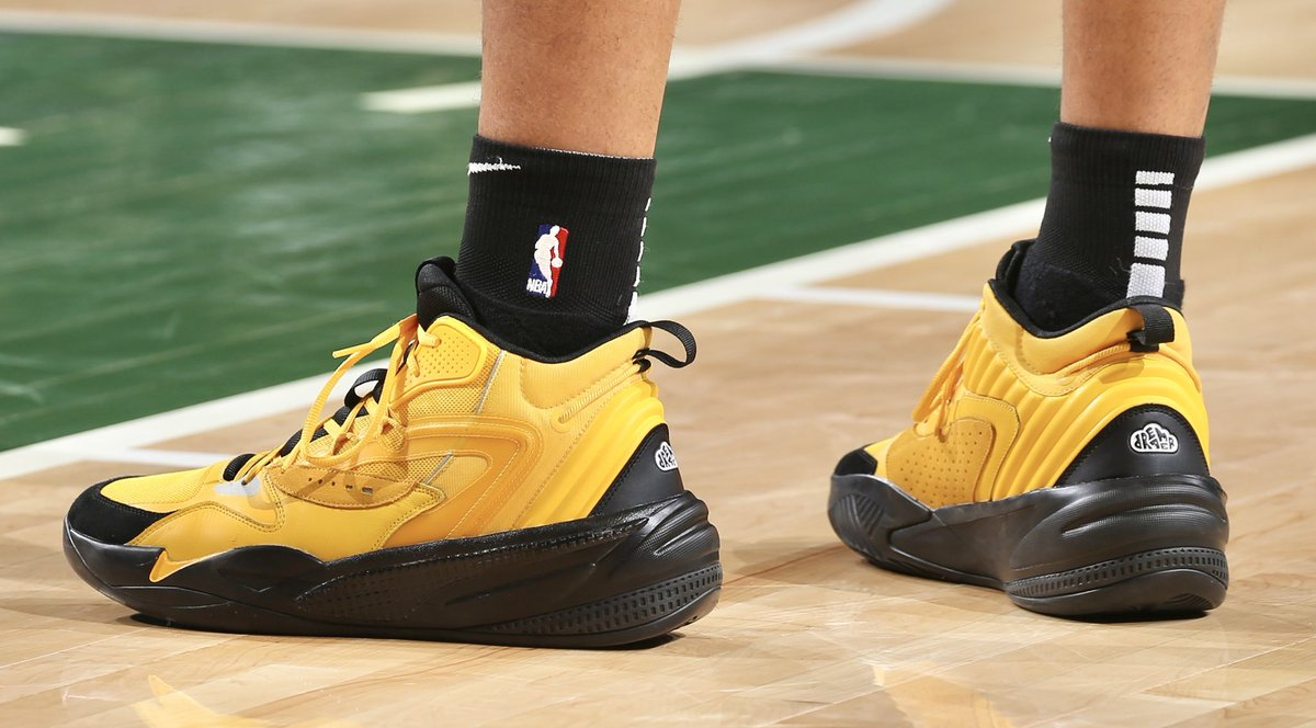 Kyle Kuzma debuts the @PumaHoops RS Dreamer 2 in yellow — @JColeNC's second Puma shoe.