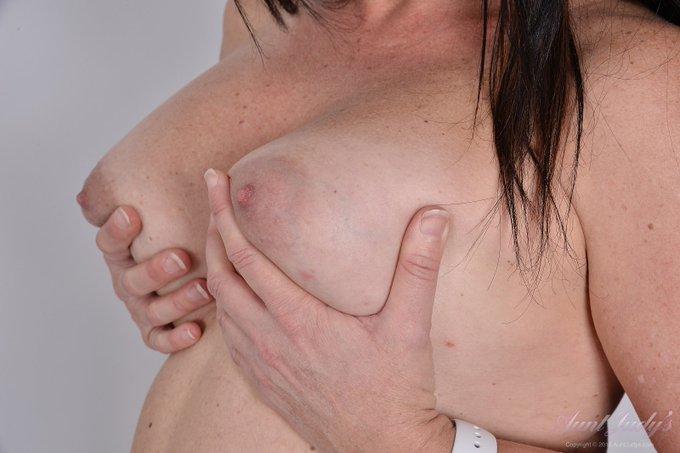2 pic. 👑 Booty Queen Brandii (pt2) 👑  Busty FullBush BOOTY-QUEEN @BrandiiBanks' NEW SET by @MAErotica  💙  Membership