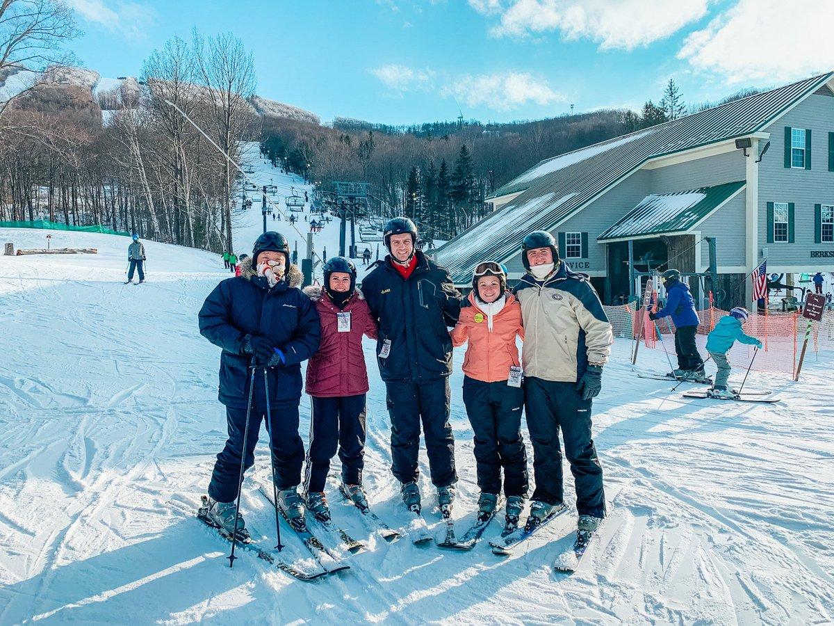 Up to snow good with the crew. ❄️ This was such a fun ski trip. ⛷️  #ski #skiing #skitrip #snow #winterfun #winteractivities #winterwonderland #snowadventures #jiminypeak #blog #travelblog #travelblogger #travel #sports #snowsports #journeywithj