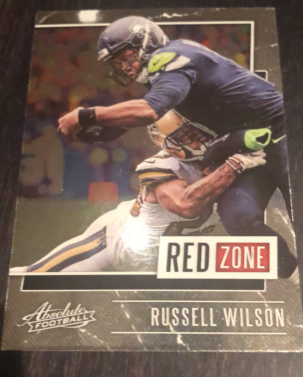 So @CardsCams is doing some #FreeWE thing. All I know is we're supposed to give cards away.   Free to a Seahawks fan or a kid. https://t.co/g3ErdsOZHT