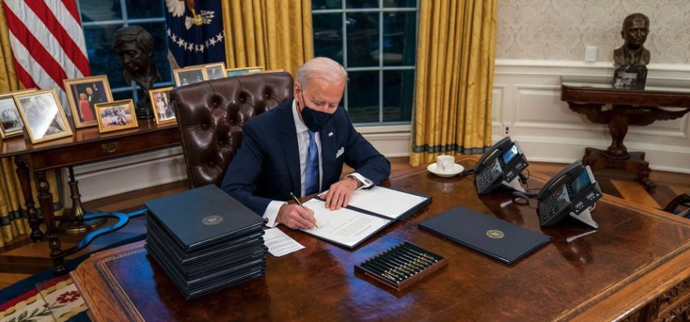 #PresidentBiden returned the US to the #ParisAgreement. What does this mean for #climateaction and #sustainability? From leadership, to science, to #climatefinance, Consultant Nicole Lim breaks down what we can expect after this historic #dayone.