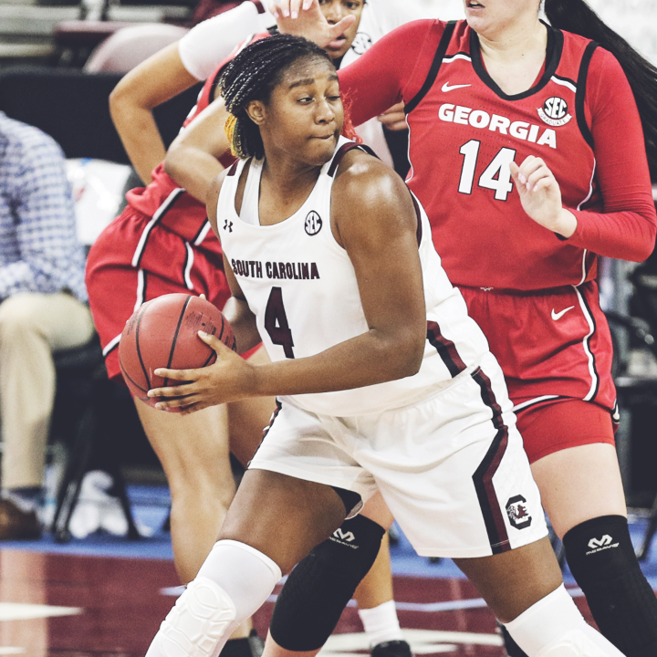 Aliyah Boston is the first @GamecockWBB player with a triple-double in an SEC game‼️ ▪️ 16 Pts ▪️ 10 Blk ▪️ 11 Reb