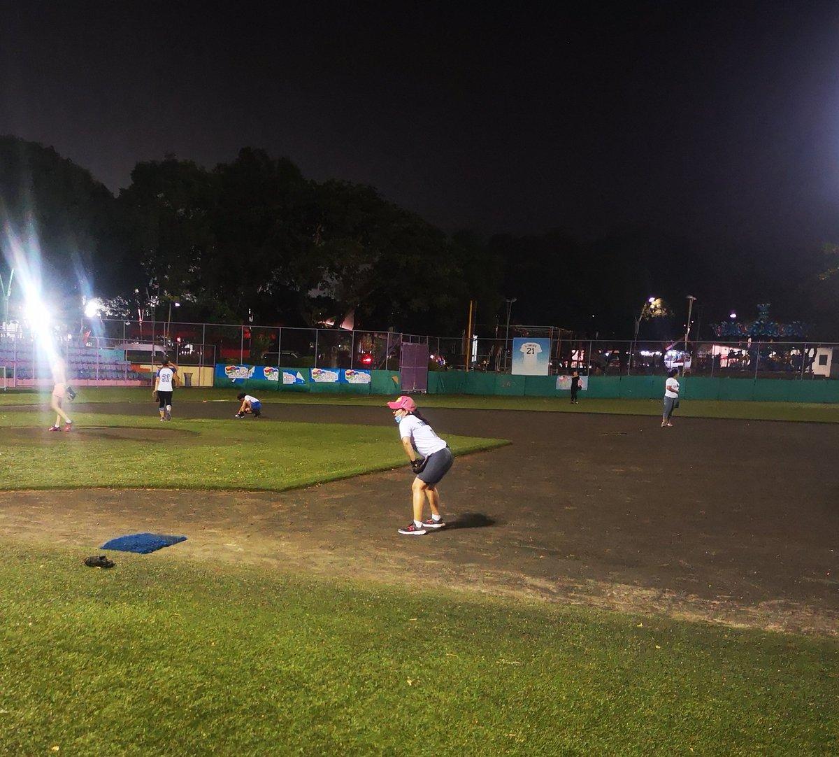 #thursdayvibes #practiceday #softball ⚾