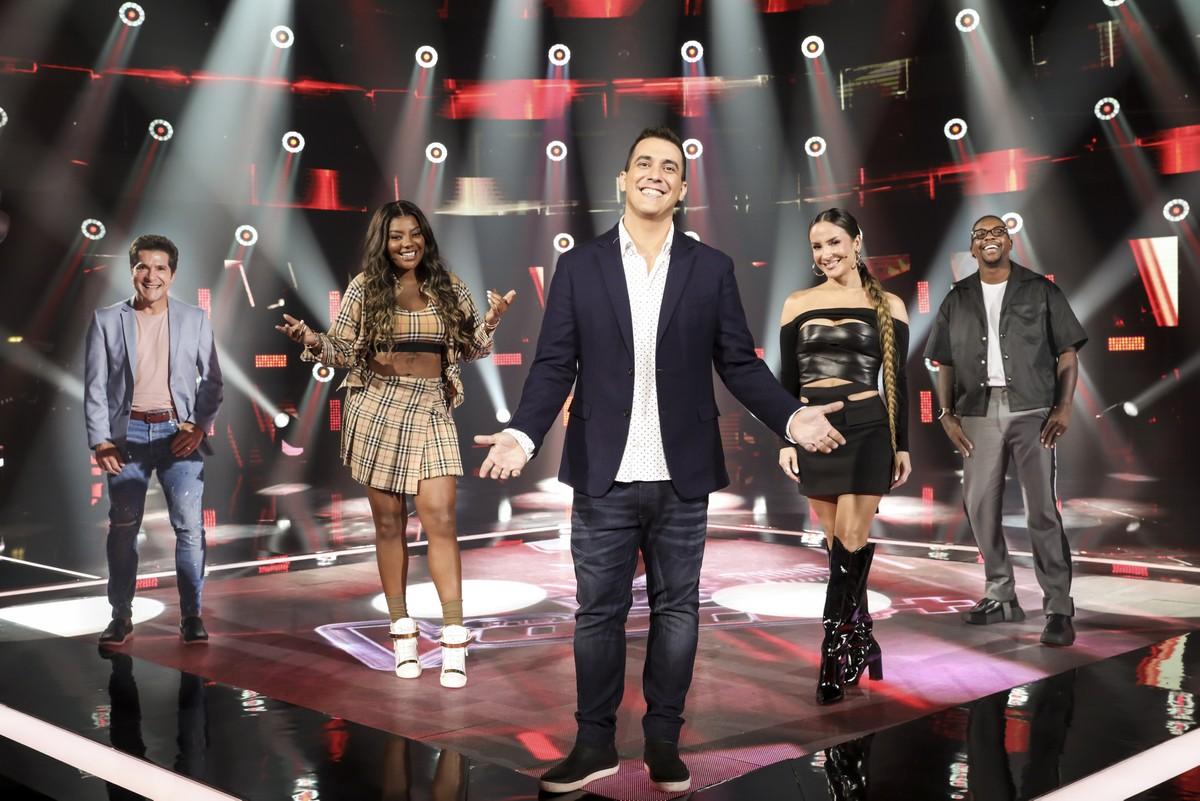 UM ATRÁS DO OUTRO!  Segundo Flávio Ricco, a Globo já está encaminhando a temporada 2022 do The Voice+, recém-estreado. Lembrando que, a edição Kids também está confirmada e virá no próximo mês de abril.  #TheVoiceMais