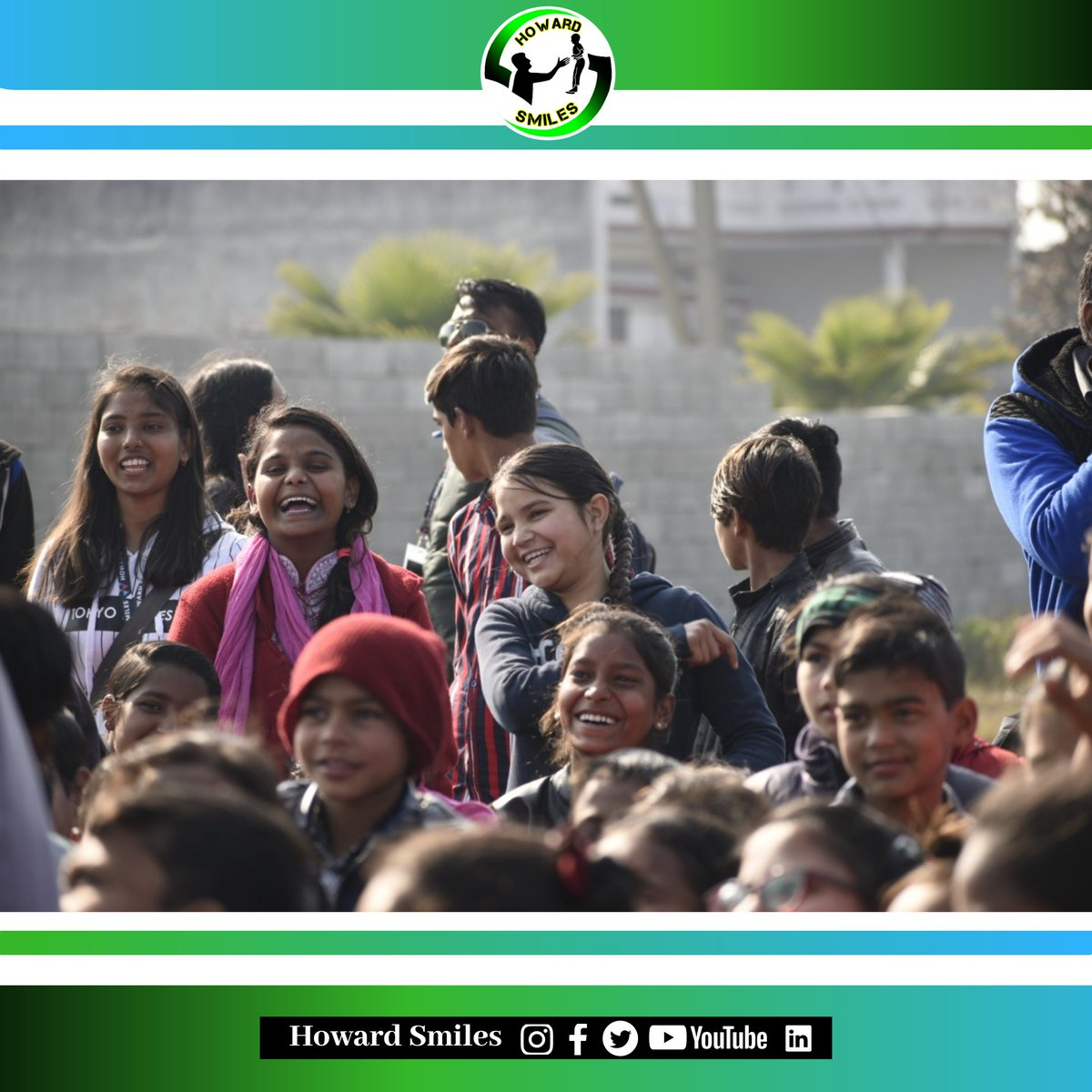 Happy faces lights up all the surroundings even in the dark times and this joy immensely inspires us from inside🌸  #howardsmiles #lpu #smile #studentorganization #socialwork