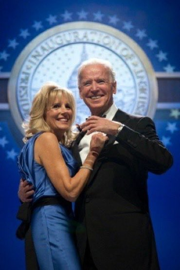The #Bidens didn't get their Inaugural Balls 💃🏼🕺, and the many #Inauguration celebrated events like the Obama's, but I'm sure they are just as happy as we are that they're in the White House 🏛again. #BidenCalm @POTUS @FLOTUS @JoeBiden @JillBiden