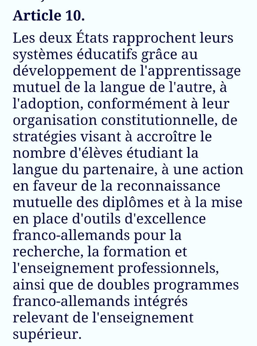 On en est où @EmmanuelMacron @jmblanquer A priori , le traité vous l'avez signé mais pas lu en entier!  Il serait temps de y mettre... Pour le moment , vous ne faites pas le job! Bel effort ! Vous êtes à vomir! Les collègues d'allemand se voient réduits à néant ! Honte à vous