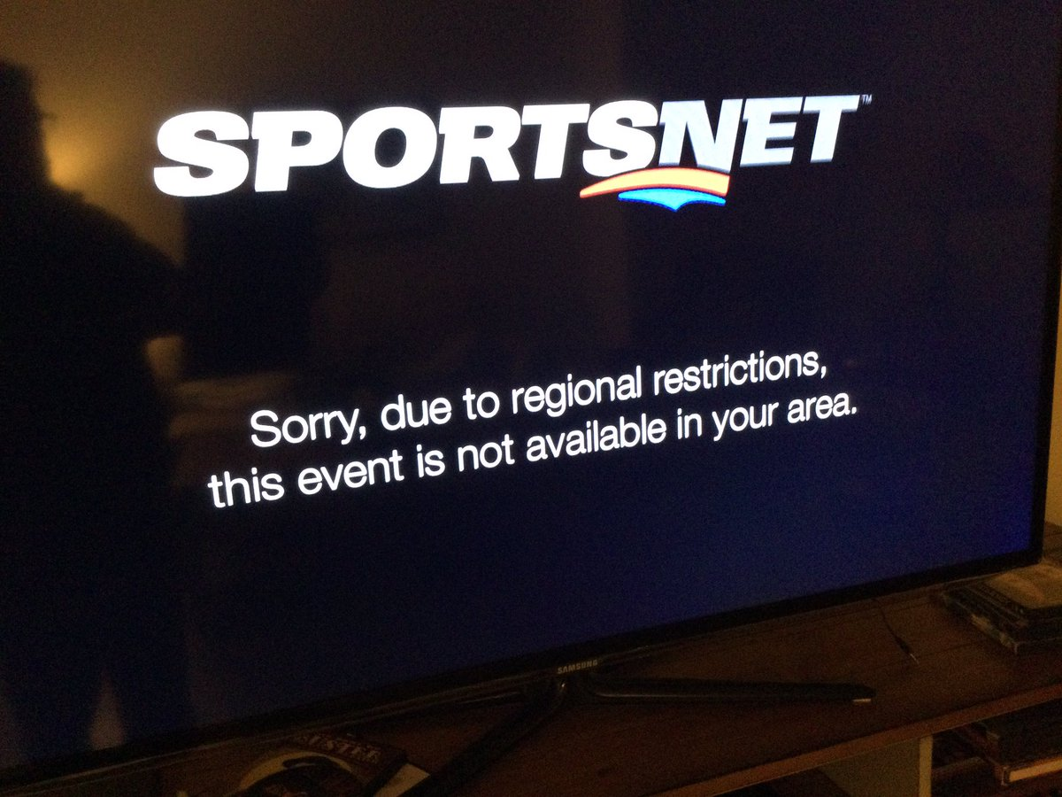 """So in a year when hockey is already seriously compromised, I can watch US teams play each other in the US, but I cant watch 2 Canadian teams play in Canada because of """"regional restrictions""""? Seriously #sportsnet how fu*cked up is that? #NHLonSN"""