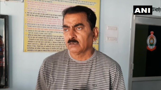 """#Chhattisgarh: An athlete died in Dhamtari during a district-level #kabaddi match on 20th January.  """"A player fell unconscious during a match in district-level competition. He died on his way to the hospital,"""" says Ramnaresh Sengar, Thana Incharge. (ANI)"""