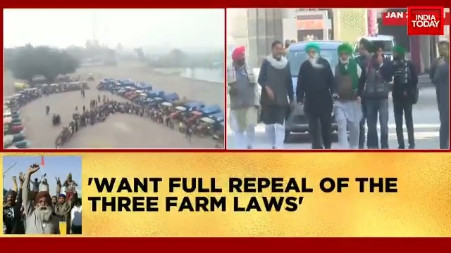 Deadlock between farmers and Centre continues. Farmers decide to reject Governement's offer to put #FarmLaws on hold for 18 months. | @AneeshaMathur, @Akshita_N #FirstUp #FarmersProtest #ITVideo
