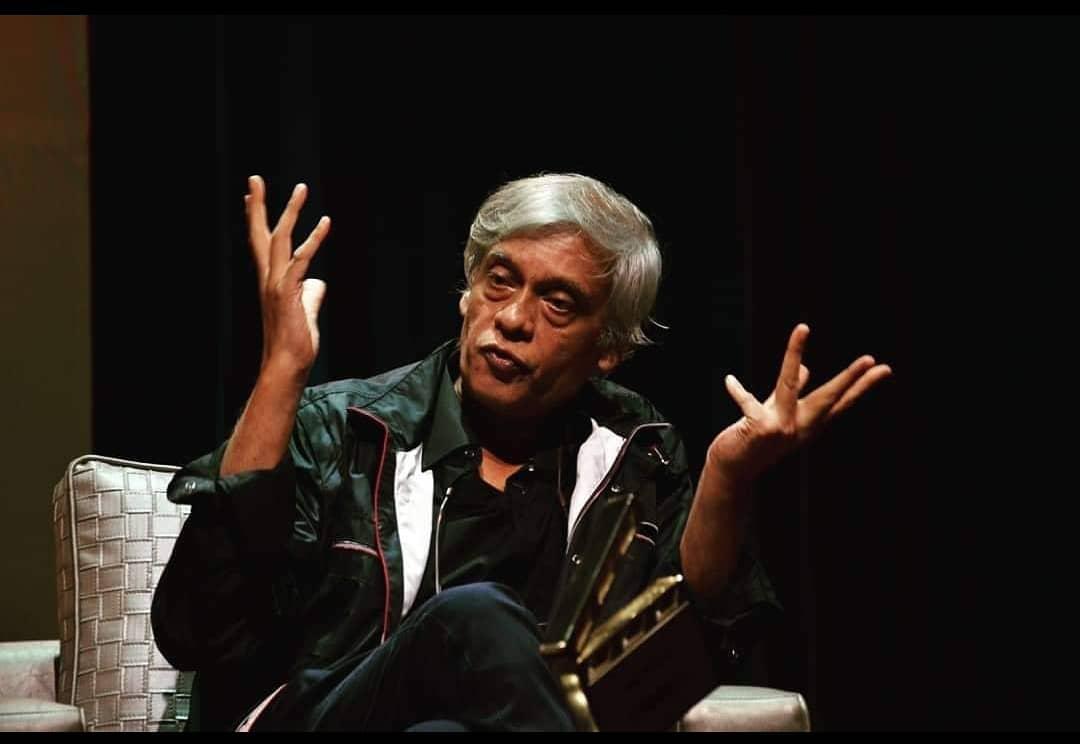 Replying to @DirectorsIFTDA: @DirectorsIFTDA wishes veteran Filmmaker @IAmSudhirMishra a very Happy Birthday 🎂.