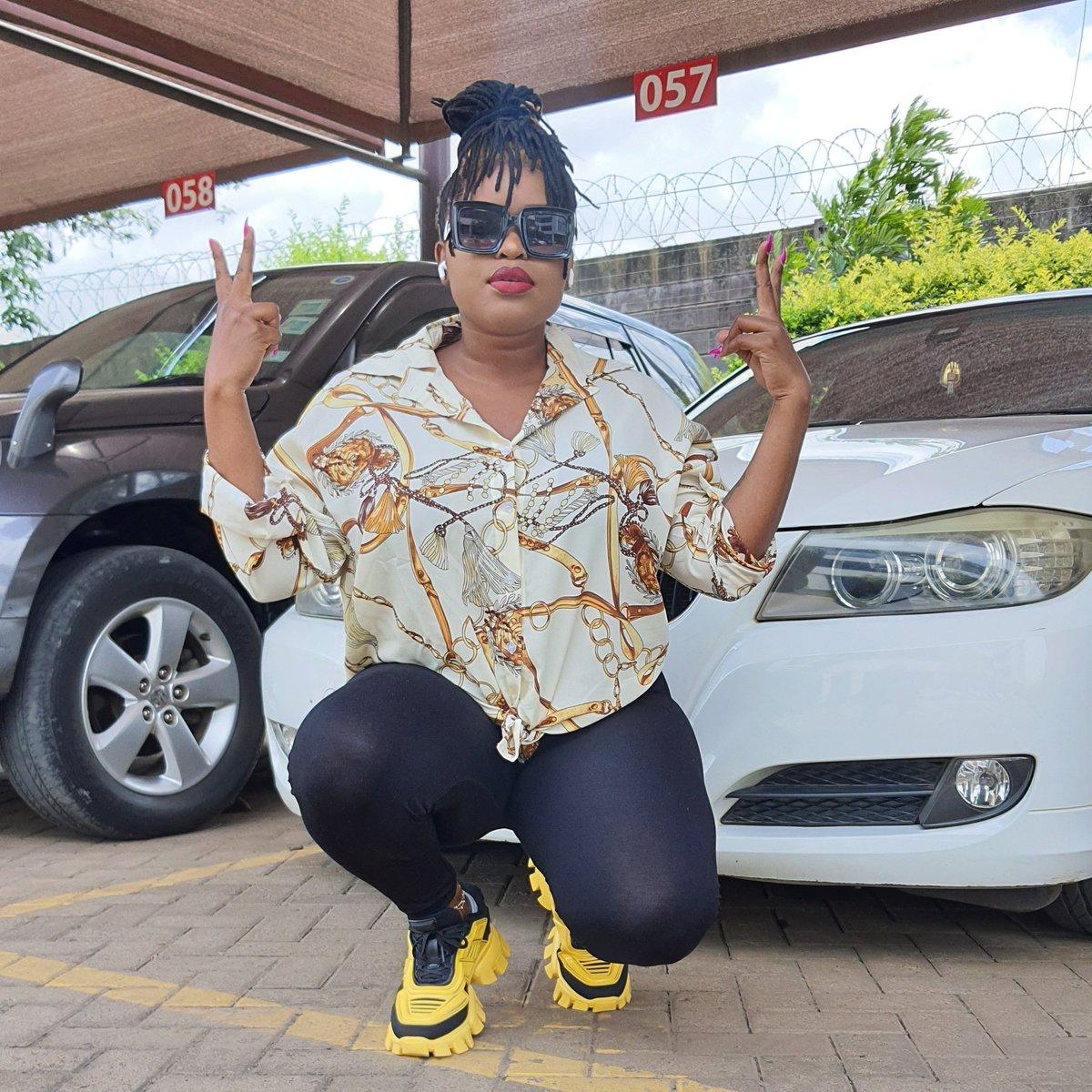 Baddest Queen on both your Radio and TV  @radiomaisha @Ktnbtv  #MwendeNClemmoKonnect #QueenoftheAirwaves https://t.co/JpCN2DhkQm