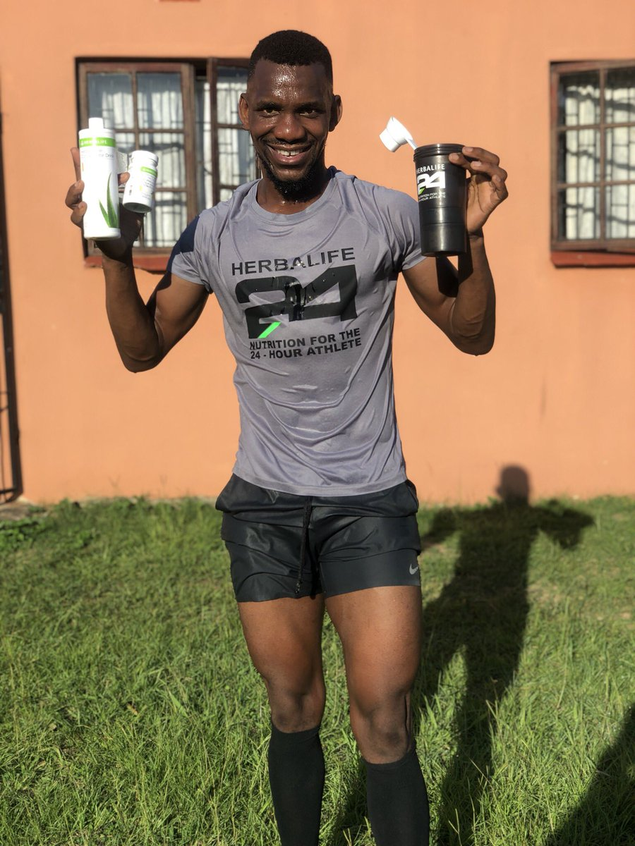 Workout done ✅ this morning as we are on our Day 18/21 of you're serious about changing your body goals and get the best results let's talk hey ....#AskMeHow #GoodFridayonKaya #Verzuz #ShowMeTheGalaxyS21 #rupert #Switzerland @ZuluBoyFriend @khumbuh_kay @gift_mntungwa