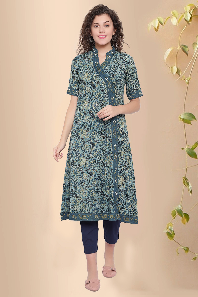 This kurta will be the best attire if you want to attend some small family gatherings or any other casual events.  #kurta #blockprint #Mumbai #Delhi #Women #fashion