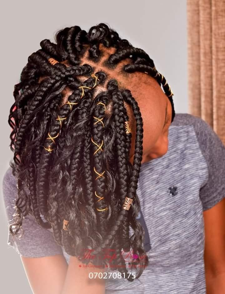 Get today all the hairstyles that you need for the weekend  Have a Fabulous Friday! #FridayFeeling #FridayFitness #FridayThoughts #FridayMotivation #fridaymorning #Friday #KameneAndJalas #MainaAndKingangi #MichelleObama #thursdayvibes #Trump #thursdaymorning