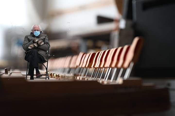 Pianists aren't the only ones who need to keep their hands warm. John Cage wasn't ready for THIS on his prepared piano. #BernieSanders #Berniememes #BernieMeme #InaugurationDay #Inauguration2021 #Inauguration