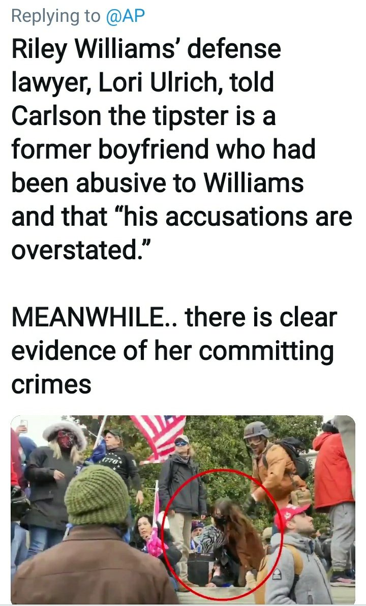 @Direct7E  White Supremacy Terrorists #RileyWilliams turns herself in and surrenders to Feds! Federal Judge Robin M. Meriwether gives violent terrorist the luxury of home confinement w/her mommy(even after fleeing)! #RileyJuneWilliams  #WhitePrivilege  #Terrorists #CapitolHill