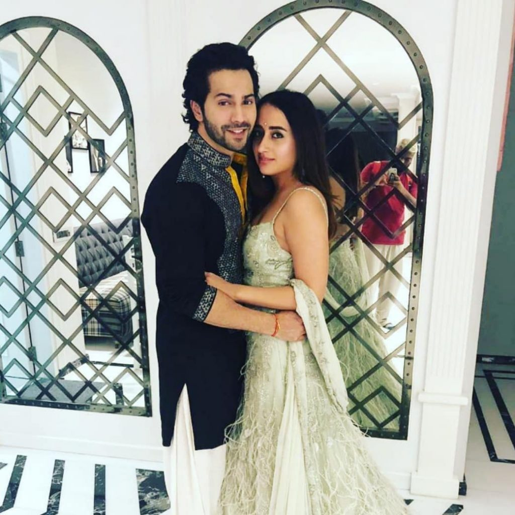 Reportedly, #DavidDhawan has requested the staff working at #VarunDhawan and #NatashaDalal's wedding venue to avoid using their cell phone to ensure there are no leaked pictures and videos.