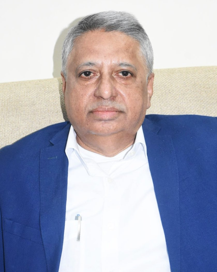 #JustIn @GovernorOdisha Prof Ganeshi Lal appoints Prof Sanjay Kumar Nayak as VC of #RavenshawUniversity for a period of 4 yrs. Prof Nayak presently works as Director General (Chief Academic Officer), @cipetchennaihlc. He has over 34 yrs of teaching experience. @NewIndianXpress