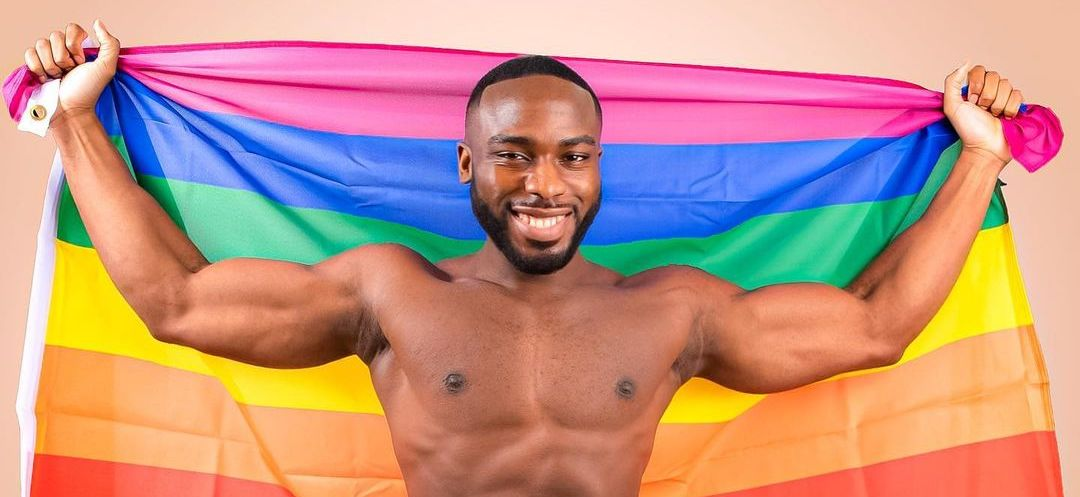 I Feel Sorry For You – @DoyinOkupe's Gay Son Hits Back At Critic | Sahara Reporters After declaring his gay status, Bolu expectedly drew the angry reactions of some Africans, who are vehemently opposed to his homosexuality. READ MORE: https://t.co/e16TSaGMyX https://t.co/mK35CKPsgI