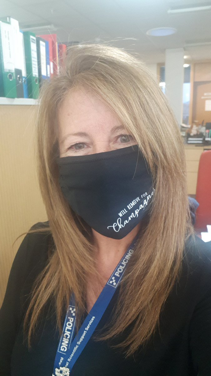 So this is me modelling my present from a friend which was recvd yesterday along with a lovely card 💙 The mask says 'Will remove for champagne' although I'm not sure what made her think of me when she saw it...🤔🤣🍾  #ChampagneCharlotte  #ThankYou #YouKnowWhoYouAre
