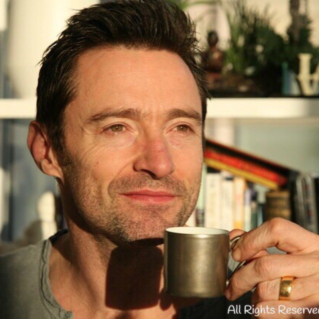 #allbehappy  That's how Hugh captioned this post 6 yrs ago, and we think it still applies today. ☕️🥰 #hughjackman #laughingmancoffee #laughingmanfoundation #fbf   📸 Hugh Jackman 22nd January 2015