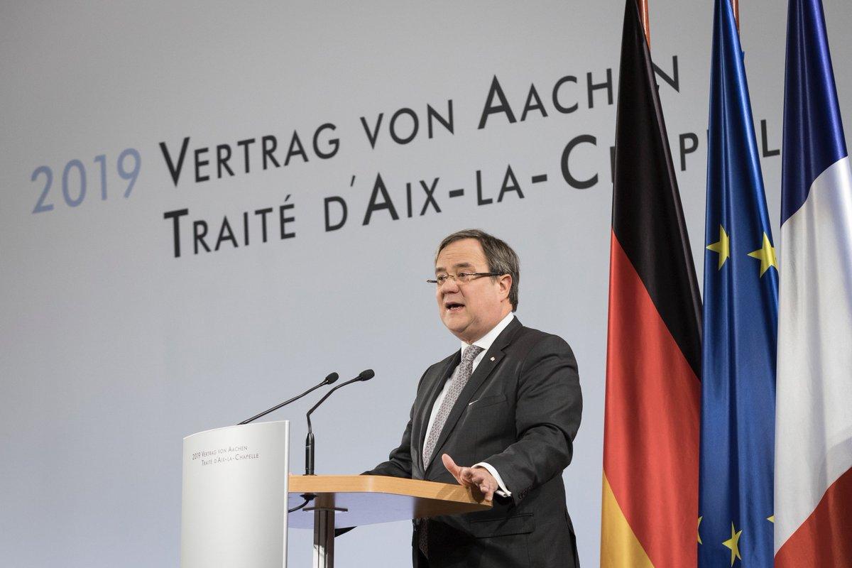 Der 22.Januar ist der Geburtstag der Deutsch-Französischen Freundschaft. Vom #ElyséeVertrag von 1963 zum #AachenerVertrag von 2019:Auch bei Abstand heute sind wir uns nah.Nur gemeinsam werden wir 🇫🇷🇩🇪🇪🇺 die wirtschaftlichen, sozialen und kulturellen Folgen der Pandemie bewältigen https://t.co/0d1q1lDyFv