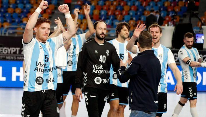 #HANDBALL MUNDIAL DE EGIPTO Argentina y una victoria que invita a soñar en el Mundial https://t.co/M39lKS2N0u https://t.co/OOXHQrE0Fz