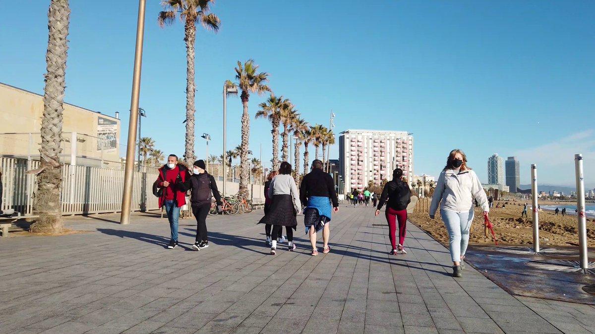 BARCELONA BEACH | Playa San Sebastián 4K https://t.co/DrZ50zzBvx a través de @YouTube  #bcn #barceloneta #barcelona #platja #paseo #barcelonabeach #walk #citytours #bikini #tanga #maritimo #mar #beachtours #barna #metrobcn #catalonia #beachestours #playa https://t.co/ZI10zzFh94