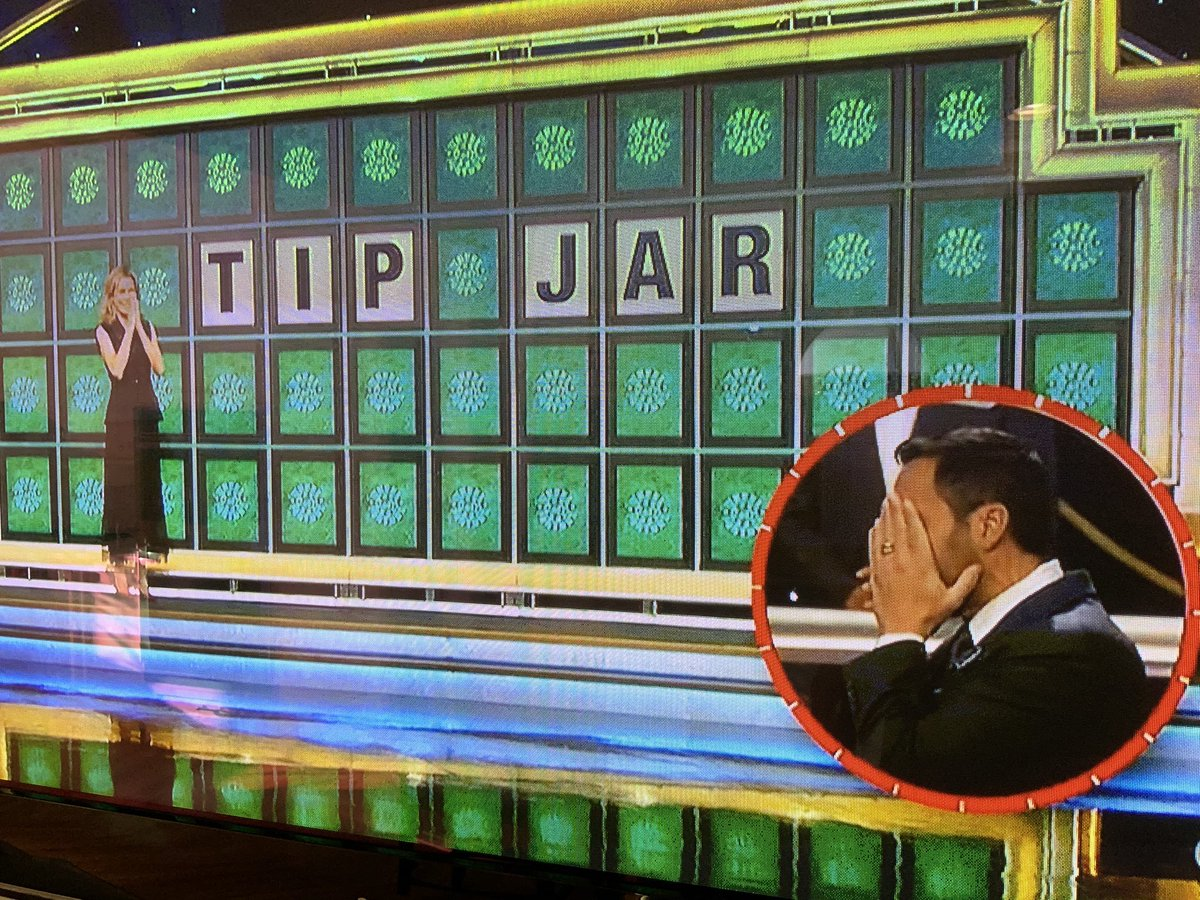 T_ _    _ _ R   🤦🏻♂️ (I'll cringe at every 'pay here' counter spot for years) Vanna's empathy appreciated. 😁$57k for @WHFChildren  🙏 @WheelofFortune