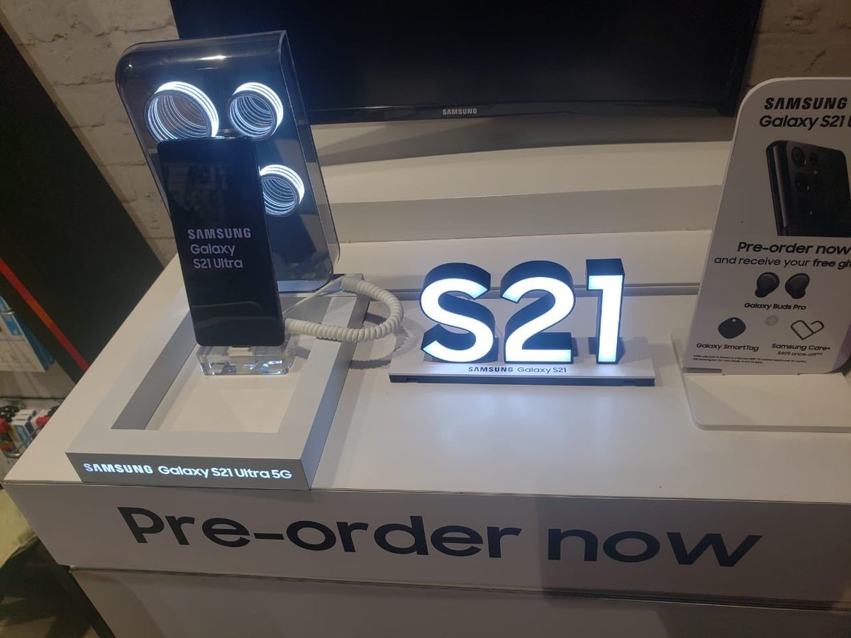 We are still promoting tomorrow PRETORIANS AT MONTANA KOLONNADE 📍📍  Come witness the power of Samsung S1 and S1 plus   Their prizes to be won  From 10:00 till 17:00 🕔   BE THE OR BE TOLD @SamsungMobileSA @casspernyovest #SamsungUnpacked #SamsungGalaxyS21