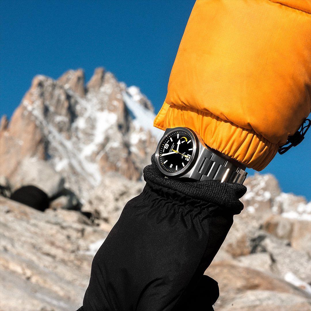 Make everyday a #tudorwatch #NorthFlag adventure. Browse our iconic range of timepieces today.  #LumbersJewellers #Tudor  #BorntoDare #Dailywatch #wristgame #wotd #watchesofinstagram #iconic #luxurywatch #luxurylifestyle #watches #tudorstyle #watchgeek #watchfan #watchfam