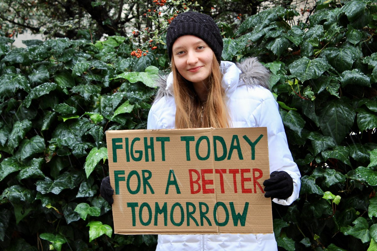 We're a generation that has to fight for a liveable future. If not us, then who? If not now, then when?🌎 #ClimateStrike #FridaysForFuture #schoolstrike4climate #FaceTheClimateEmergency
