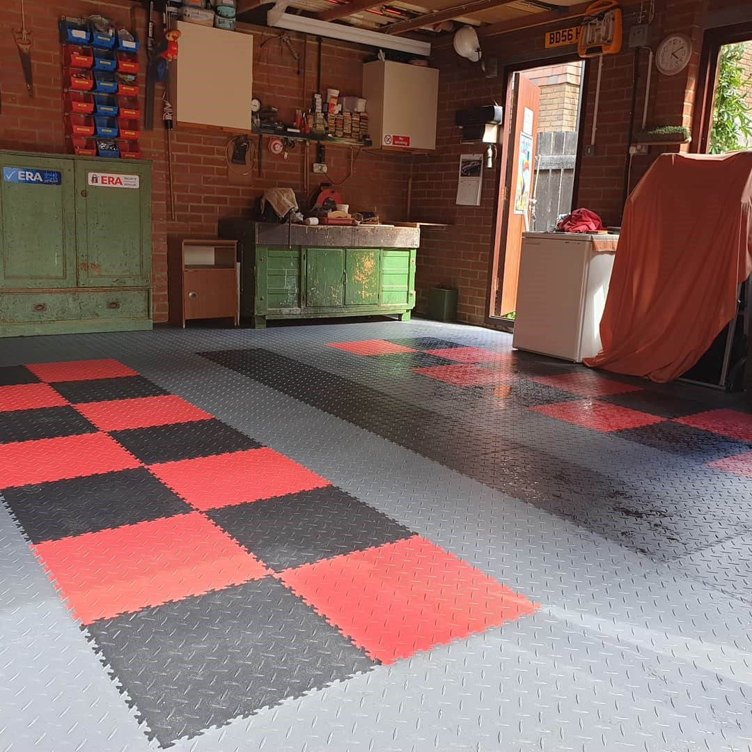 All of our interlocking tiles are manufactured in the UK | Browse our range of tile colours & patterns | MotoLock Interlocking Tiles starting from £4.75 (ex. VAT)  #mototile #interlocking #DIY #FOS #tiles #floors #fastcars #flooring #work #workingfromhome