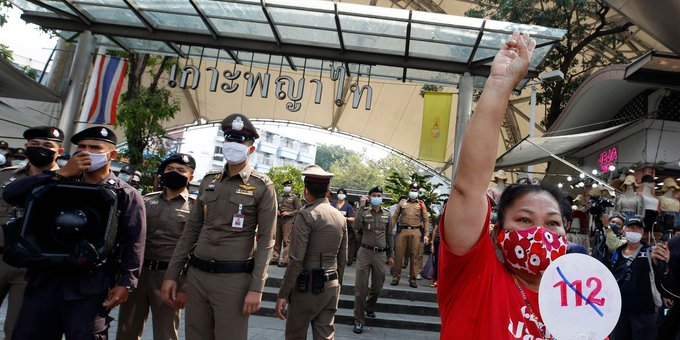 Dozens Face Criminal Complaints in Thailand, Accused of Insulting the King Photo