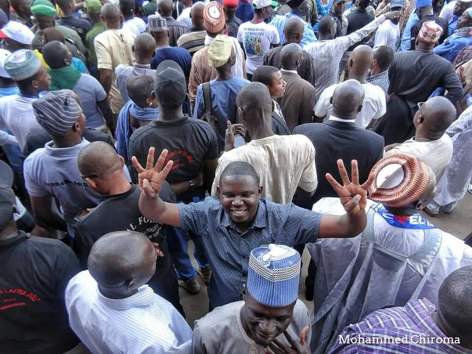 .@UN Worker Kidnapped By Boko Haram Is Your Supporter, Rescue Him – Friend Begs @MBuhari | Sahara Reporters One of the victim's friends, Mohammed, who is also a humanitarian worker, shared photographs of Idris lending his support to... READ MORE: https://t.co/8CII15cS7i https://t.co/erJzdQsBE7