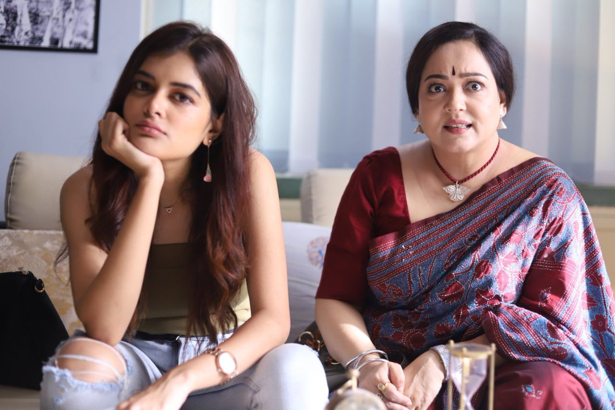 #Cheeni officially becomes the biggest Bengali film grosser post reopening of movie halls.  Congratulations team @talkmainak @madhumitact @AdhyaAparajita @pramukho @reel2alivia @iamsaaurav