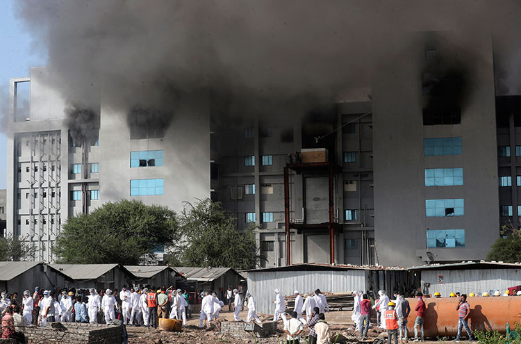 5 killed in blaze at Indian producer of Covid-19 vaccine snstr.co/bwz