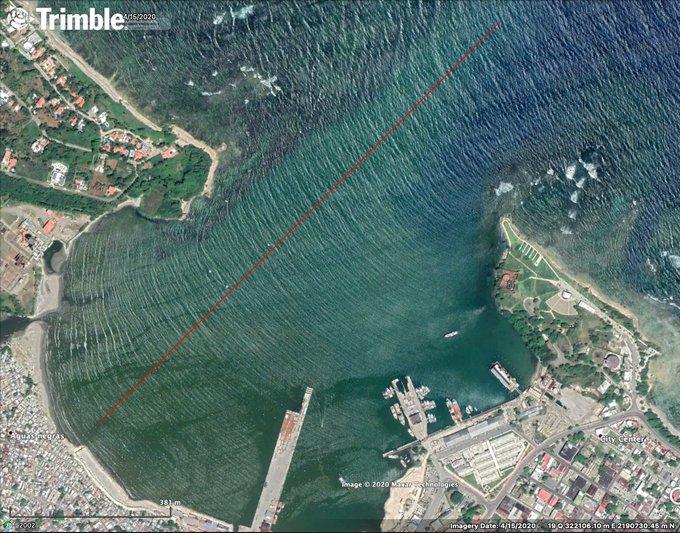 @ginette_bj Oleaje penetrando coincidente con el eje del canal de entrada del Puerto, algo NUNCA deseable en un puerto maritimo.  Les recomiendo usar el plan maestro de desarrollo del puerto de Puerto Plata elaborado por SCANDIACONSULT para el BID en el 1995 para MOPC y actualizarlo al 2040 https://t.co/xc91t7hc0n