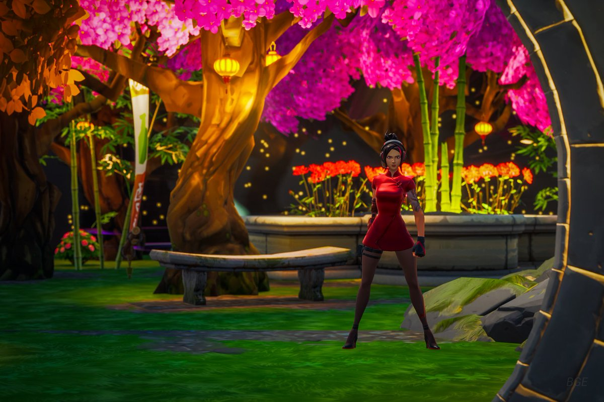 The Reflection Garden update should be live within the hour! Thank you @TiannaCarinax for the concept and modeling.  Thanks  @DrewMTaylor for the help in construction of it.  Map Code: 3328-0983-2946 #Fortnite #Fortography #Gametography #vgpunite