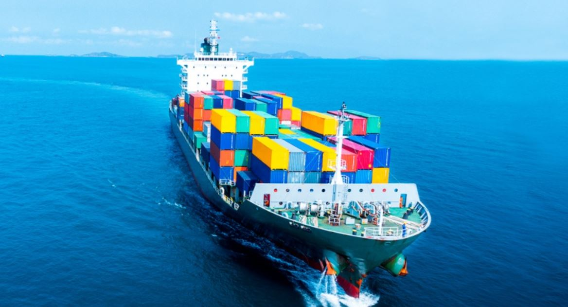 Altos precios del transporte marítimo podrían amenazar estabilidad de los puertos más activos de mundo.  https://t.co/TnmriVROlt  #TransporteMarítimo #Puertos #TransporteDeCarga  @GrupoOET https://t.co/b63FvLe2JZ