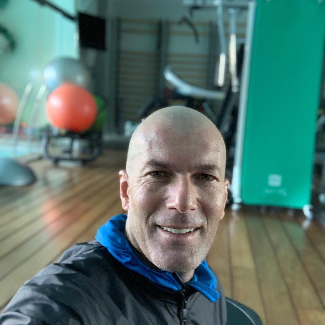 🚨 #Zidane ha dado positivo al #Covid19, así lo anunció el #RealMadrid en un comunicado 🚨
