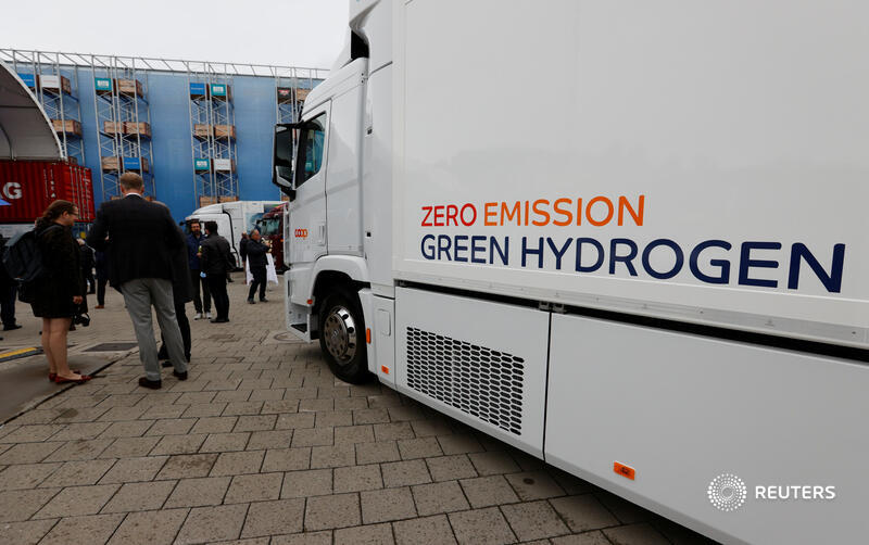 Hydrogen's potential in decarbonisation has led shares in producers to behave like tech stocks before the dotcom crash. But investors trying to find the sector's future Amazon have some clues to follow, write @gfhay and @edwardcropley: https://t.co/Nx6ymEJVgp https://t.co/knKFmhsdZF