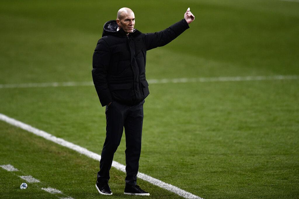 test Twitter Media - Esta madrugada el Real Madrid C. F. comunicó que Zinedine Zidane ha dado resultado positivo en COVID-19.Foto AP https://t.co/HtsGbsphRk