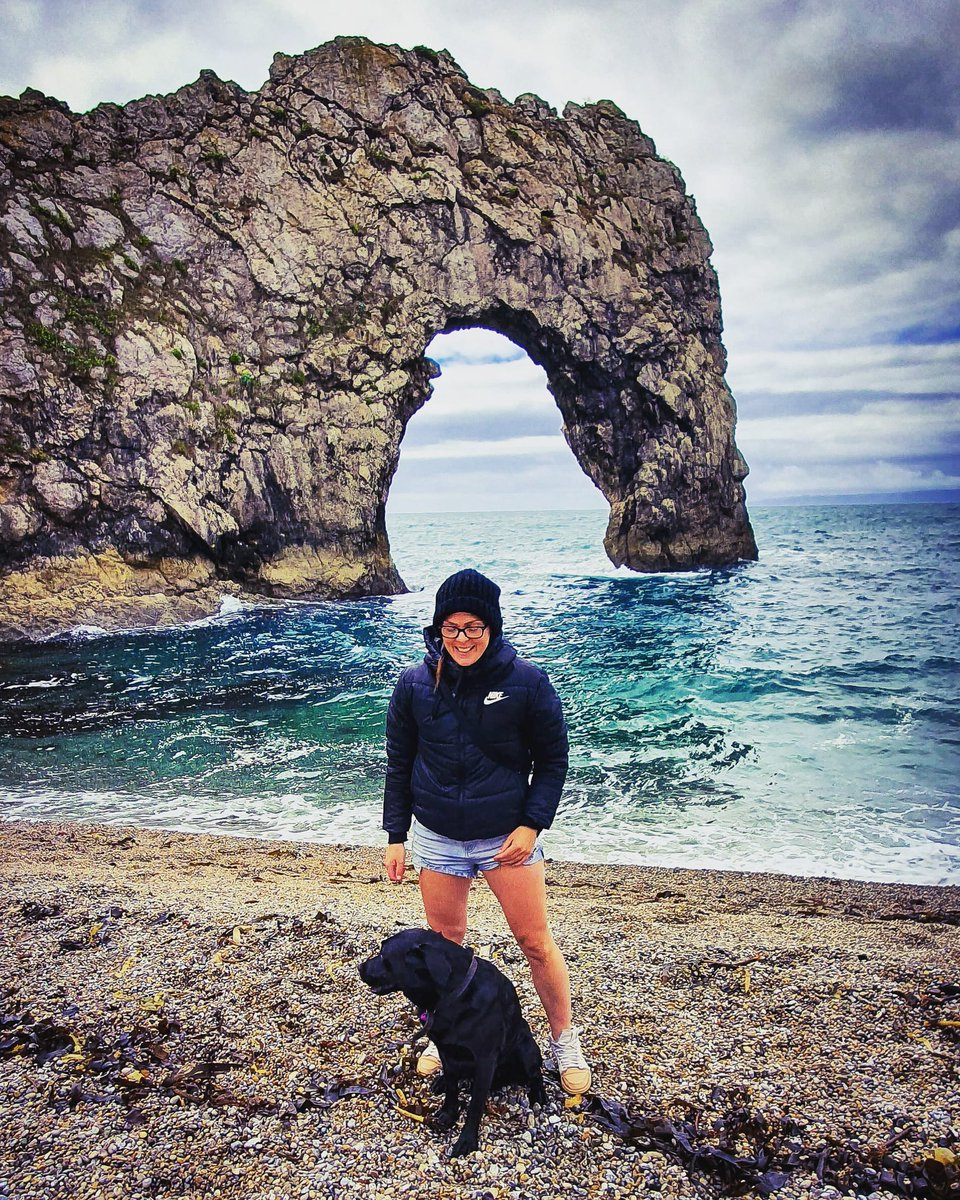 Looking forward to more adventures with Spaghetti dog this year 🍝🐕  #spaghettidog #explore #durdledoor #flashbackfriday #outdoors #adventuredog #letsgosomewhere